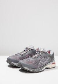 ASICS - GEL KAYANO 25 - Zapatillas de running estables - carbon/mid grey - 2