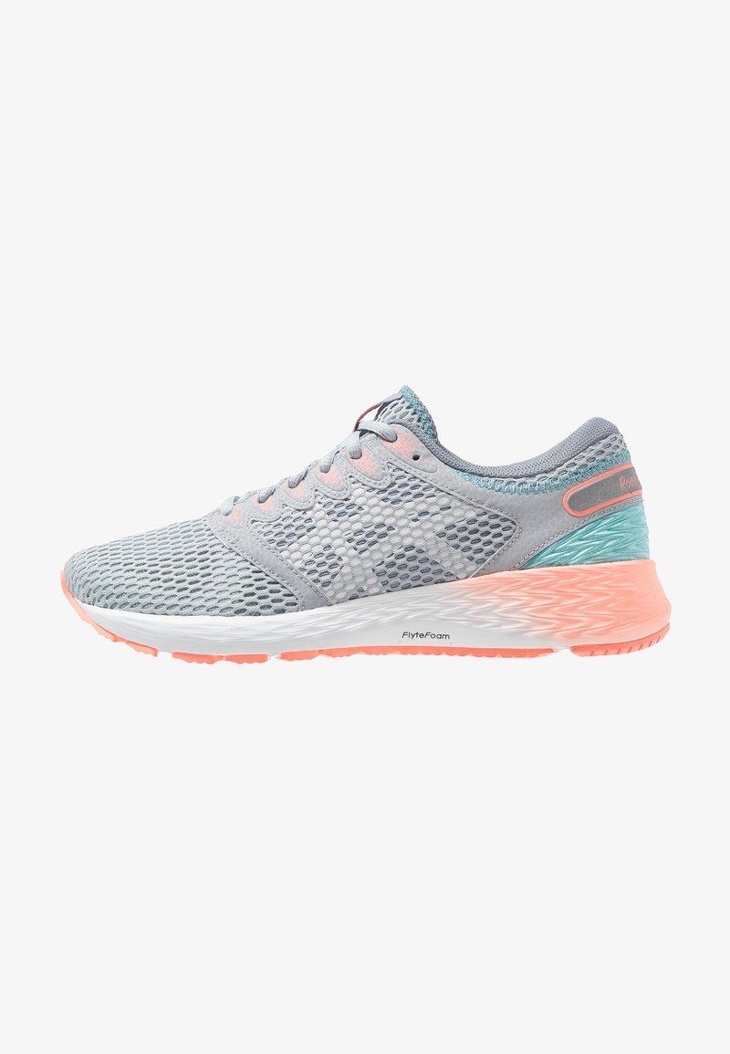 ASICS - ROADHAWK FF 2 - Chaussures de running neutres - piedmont grey/white