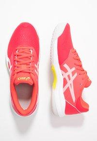 ASICS - GEL-GAME 7 - Tennisschoenen voor alle ondergronden - laser pink/white - 1
