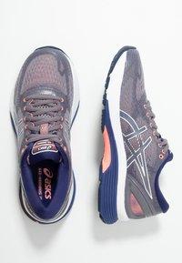ASICS - GEL-NIMBUS 21 - Obuwie do biegania treningowe - lavender grey/dive blue - 1