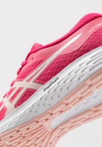 ASICS - PATRIOT 11 - Scarpe running neutre - rose petal/breeze - 5