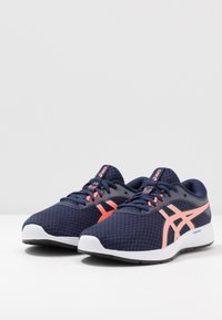 ASICS - PATRIOT 11 - Neutral running shoes - peacoat/sun coral - 2