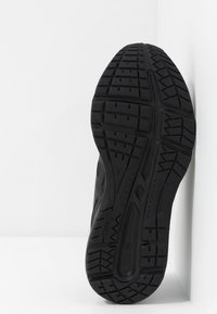 ASICS - GEL-CONTEND 5  - Neutral running shoes - black/graphite grey - 4