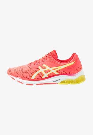 GEL-PULSE 11 - Obuwie do biegania treningowe - laser pink/sour yuzu