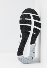 ASICS - GEL-PULSE 11 - Neutral running shoes - black/piedmont grey - 4