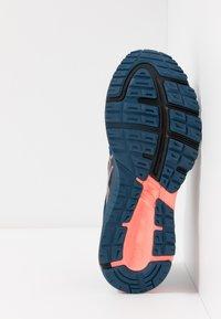 ASICS - GT-1000 8 G-TX - Zapatillas de running neutras - mako blue/black - 4