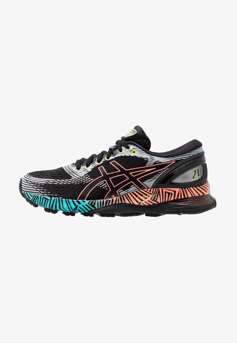 ASICS - GEL-NIMBUS 21 - Obuwie do biegania treningowe - black/sun coral