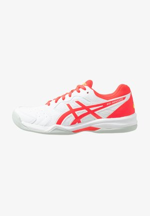 GEL-DEDICATE 6 INDOOR - Carpet court tennis shoes - white/laser pink