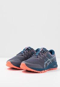 ASICS - ALPINE XT 2 - Běžecké boty do terénu - lavender grey/silver - 2