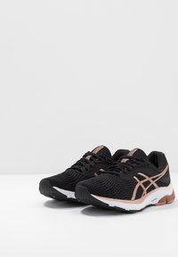 ASICS - GEL-PULSE 11 - Zapatillas de running neutras - black/rose gold - 2