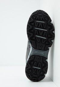 ASICS - GEL-VENTURE 7 - Trail running shoes - graphite grey/rose gold - 4