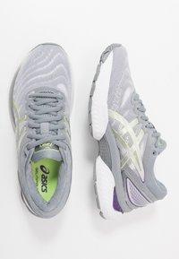 ASICS - GEL-NIMBUS 22 - Scarpe running neutre - white/pure silver - 1