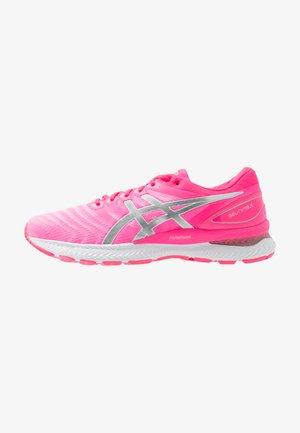 GEL-NIMBUS 22 - Neutrální běžecké boty - hot pink/pure silver