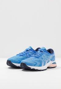 ASICS - GT-2000 8  - Zapatillas de running estables - blue coast/white - 2