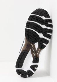 ASICS - GT-2000 8  - Stabilty running shoes - black/sheet rock - 4