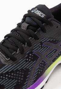 ASICS - GT-2000 8  - Stabilty running shoes - black/sheet rock - 5