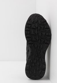 ASICS - GEL-SONOMA 5 G-TX - Trail running shoes - black - 4