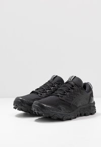 ASICS - GEL-FUJITRABUCO 8 G-TX - Trail running shoes - black - 3