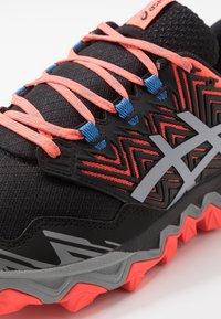ASICS - GEL-FUJITRABUCO 8 - Trail running shoes - flash coral/sheet rock - 5