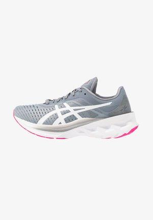 NOVABLAST - Neutral running shoes - sheet rock/white