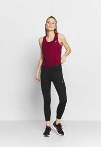 ASICS - TANK - Top - dried berry - 1