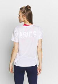ASICS - KATAKANA - T-shirt med print - brilliant white - 2