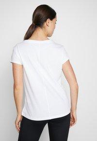 ASICS - TOKYO GRAPHIC TEE - Print T-shirt - brilliant white - 2