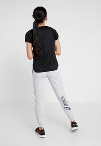 ASICS - BIG LOGO PANT - Pantaloni sportivi - mid grey heather/dark grey - 2