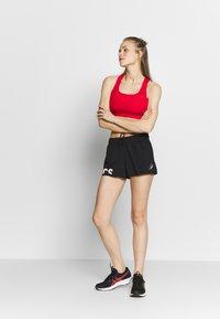 ASICS - SHORT - Pantaloncini sportivi - performance black - 1