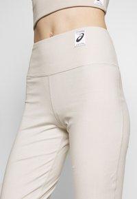 ASICS - SHIZUKA WORKOUT PANT - Pantalones deportivos - mid grey - 4