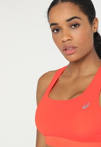 ASICS - SPROUT - Sports bra - flash coral - 3