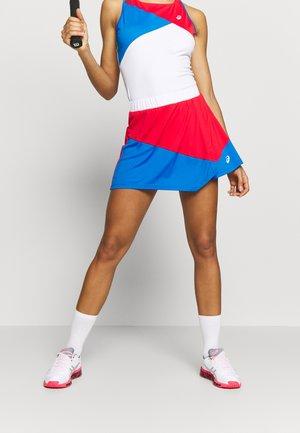 CLUB SKORT - Sportovní sukně - electric blue/classic red