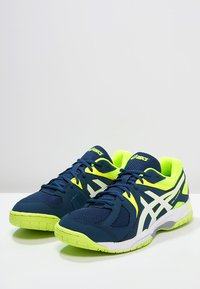 ASICS - GEL-HUNTER 3 - Volleyball shoes - poseidon/white/safety yellow - 2