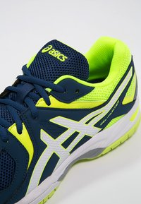 ASICS - GEL-HUNTER 3 - Volleyball shoes - poseidon/white/safety yellow - 5