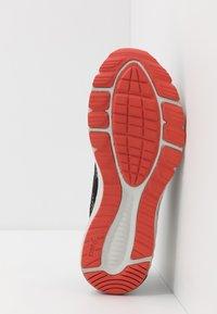 ASICS - ROADHAWK FF 2 - Neutral running shoes - black/glacier grey - 4