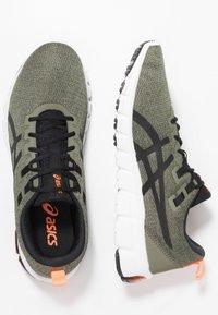 ASICS - GEL-QUANTUM 90 - Neutral running shoes - olive/black - 1
