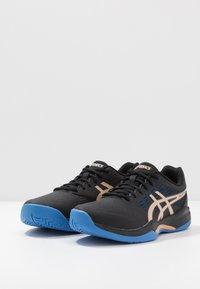 ASICS - GEL-GAME 7 - Tenisové boty na všechny povrchy - black/champagne - 2