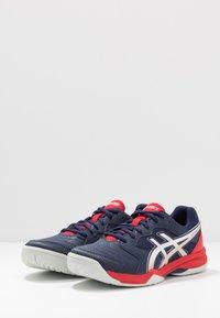 ASICS - GEL-DEDICATE 6 - Multicourt tennis shoes - peacoat/white - 2