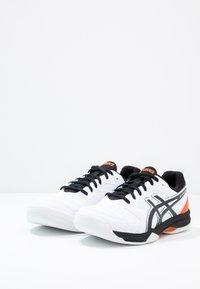 ASICS - GEL-DEDICATE 6 INDOOR - Carpet court tennis shoes - white/black - 2
