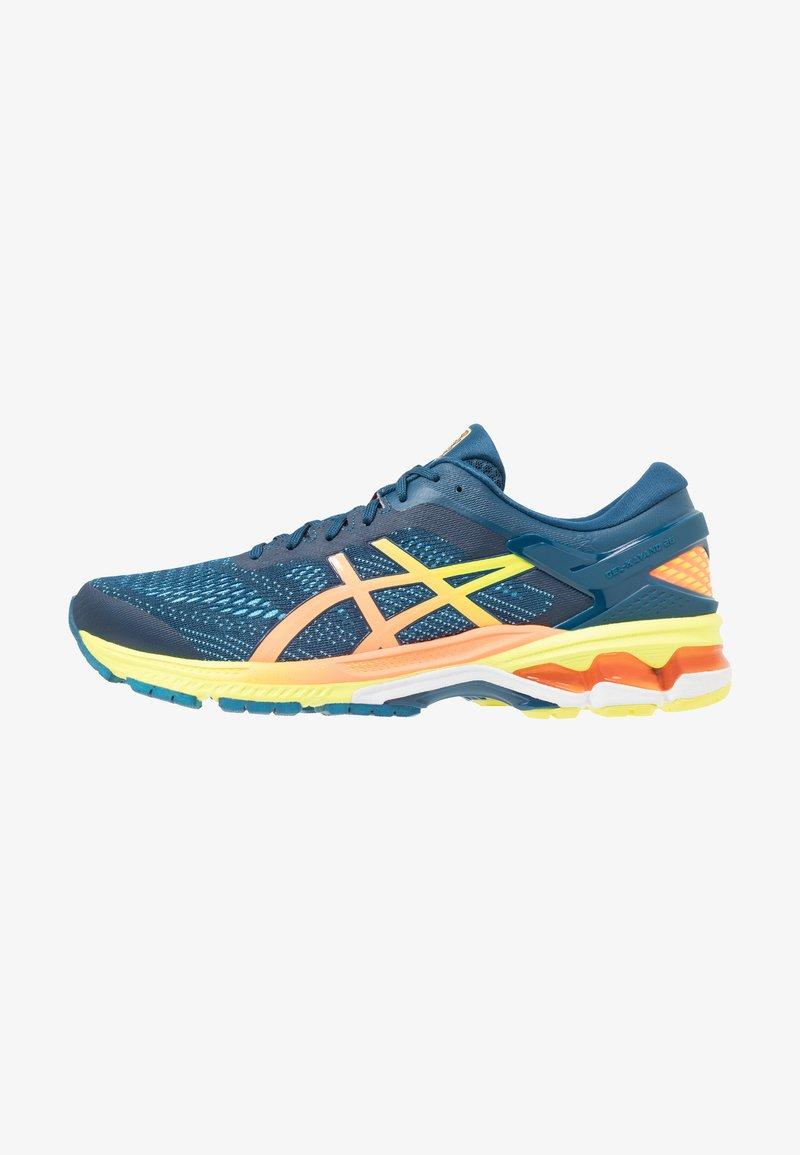 ASICS - GEL-KAYANO 26 - Stabilní běžecké boty - mako blue/sour yuzu