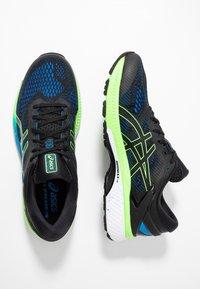 ASICS - GEL-KAYANO 26 - Stabilní běžecké boty - black/electric blue - 1
