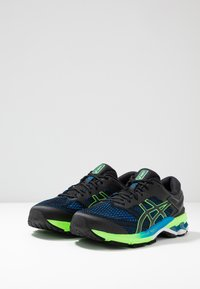 ASICS - GEL-KAYANO 26 - Stabilní běžecké boty - black/electric blue - 2