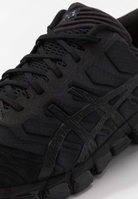 ASICS - GEL-QUANTUM 360 5 - Chaussures de running neutres - black - 5