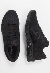 ASICS - GEL-QUANTUM 360 5 - Chaussures de running neutres - black - 1