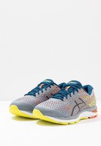 ASICS - GEL-CUMULUS 21 - Zapatillas de running neutras - sheet rock/mako blue - 2