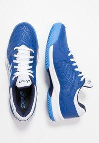 ASICS - GEL-DEDICATE 6 CLAY - Tenisové boty na antuku - blue/white - 1