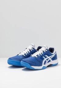ASICS - GEL-DEDICATE 6 CLAY - Tenisové boty na antuku - blue/white - 2