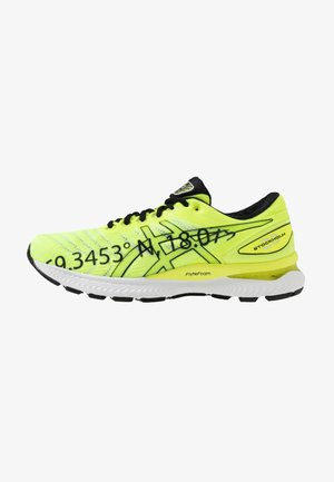 GEL-NIMBUS 22 - Zapatillas de running neutras - safety yellow