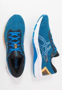 ASICS - GT-1000 9 - Stabilní běžecké boty - electric blue/black - 1