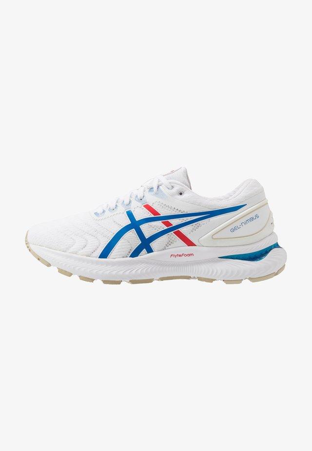 GEL-NIMBUS 22 RETRO TOKYO - Neutrální běžecké boty - white/electric blue